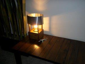 recycled pallet aluminum table lamp