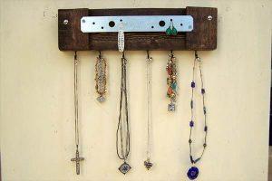 Rustic Pallet Metal Jewelry Holder