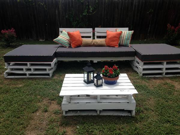 handmade cushioned pallet outdoor seating plan