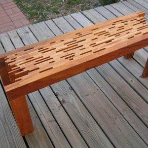 reclaimed pallet mahogany slats pallet bench