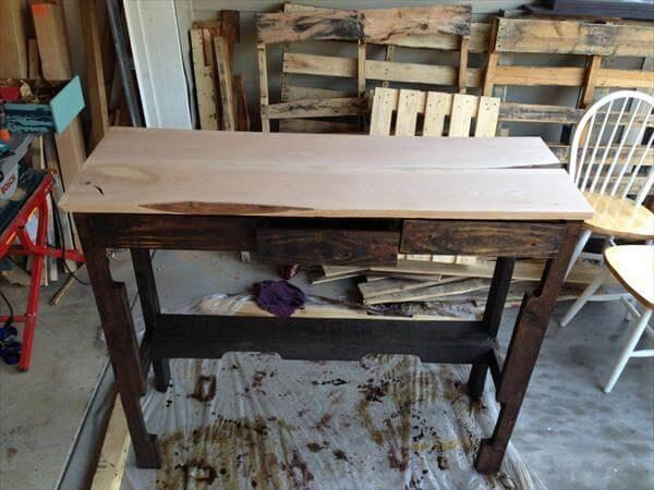 repurposed pallet bar table
