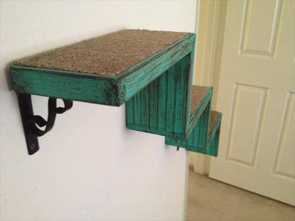 recycled pallet cat stair