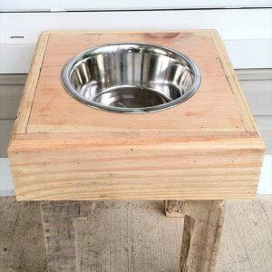 reclaimed pallet dog bowl stand