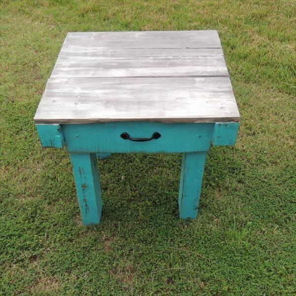 repurposed pallet end table and nightstand