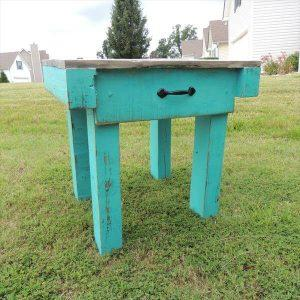 recycled pallet end table and nightstand
