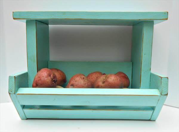 recycled pallet kitchen organizer
