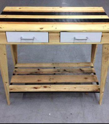 DIY Chic Pallet Kitchen Side Table – 101 Pallets