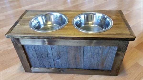 Diy Pallet Raised Dog Feeder With Storage 101 Pallets
