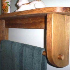 reclaimed pallet shelf and towel rack