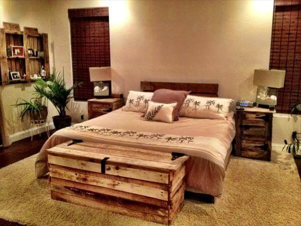 reclaimed pallet wood chest
