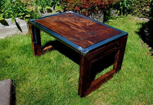 repurposed pallet steel coffee table
