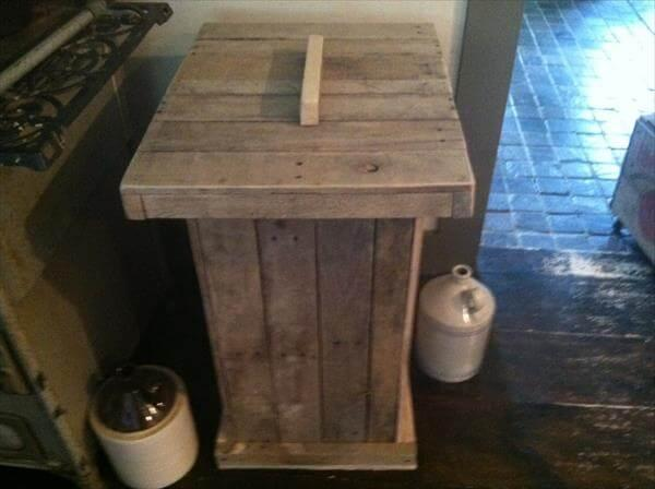 Recycled Pallet Trash Bin 101 Pallets