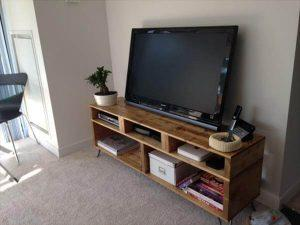 Solid Pallet Wood TV Stand with Hairpin Legs