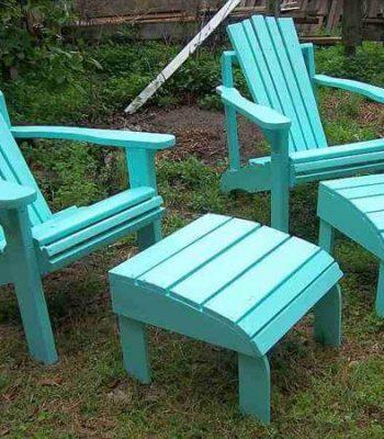 recycled pallet adirondack chair and ottomans