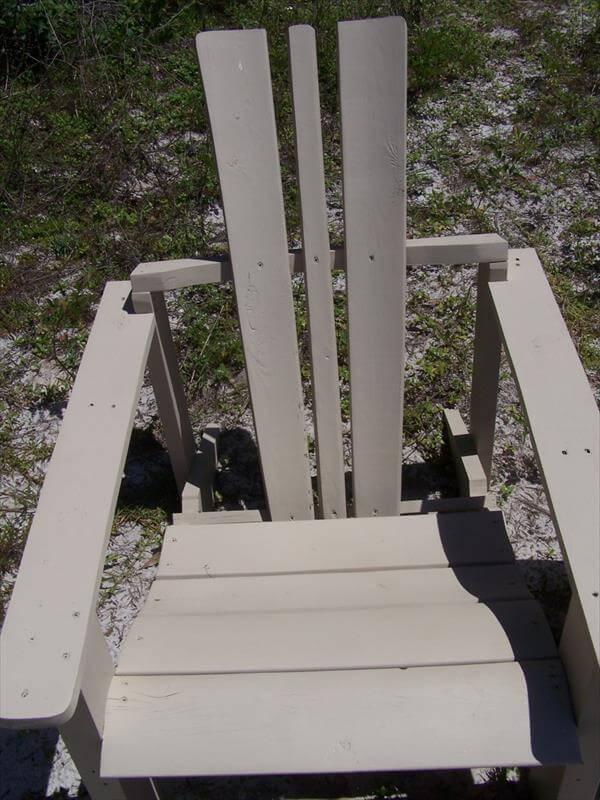 diy pallet and wire spool adirondack chair