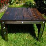 reclaimed pallet industrial outdoor table