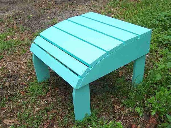 recycled pallet ottoman