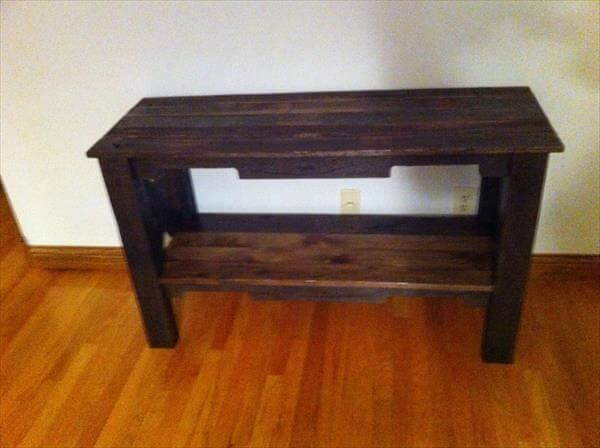recycled pallet table and TV stand
