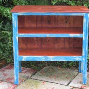 reclaimed pallet buffet side table