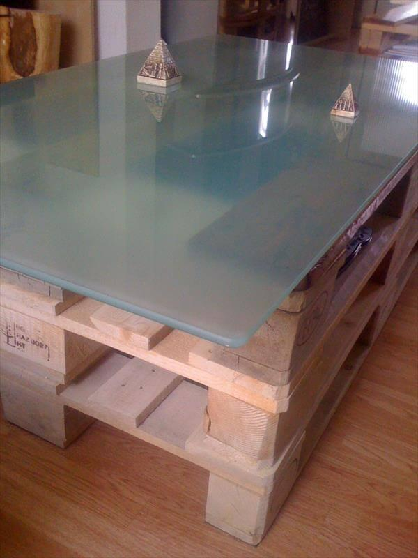 diy pallet coffee table with lights