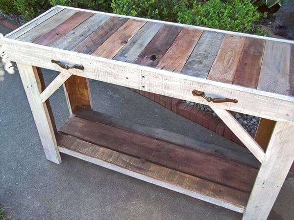 reclaimed pallet side table and entry way table