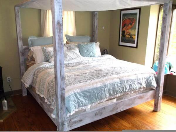 Recycled Pallet Bed With Canopy