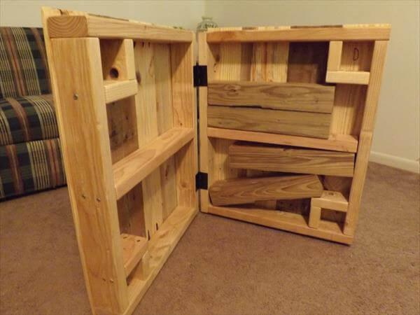rustic pallet coffee table with removable legs