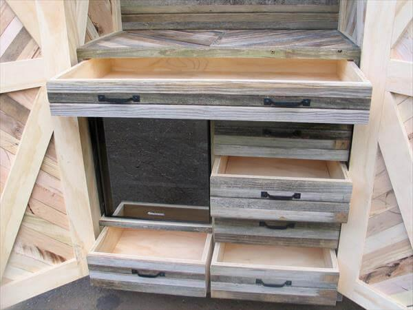 handmade pallet hutch and cabinet