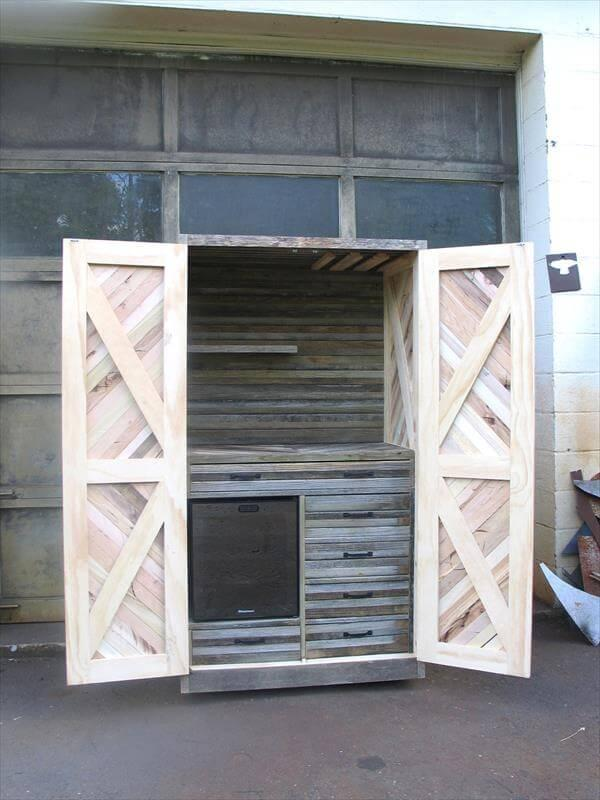repurposed pallet hutch and storage cabinet