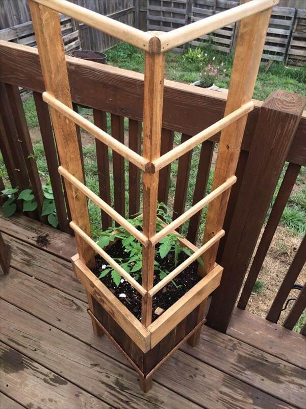 rustic raised pallet planter