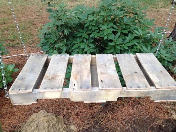 upcycled pallet rustic outdoor swing