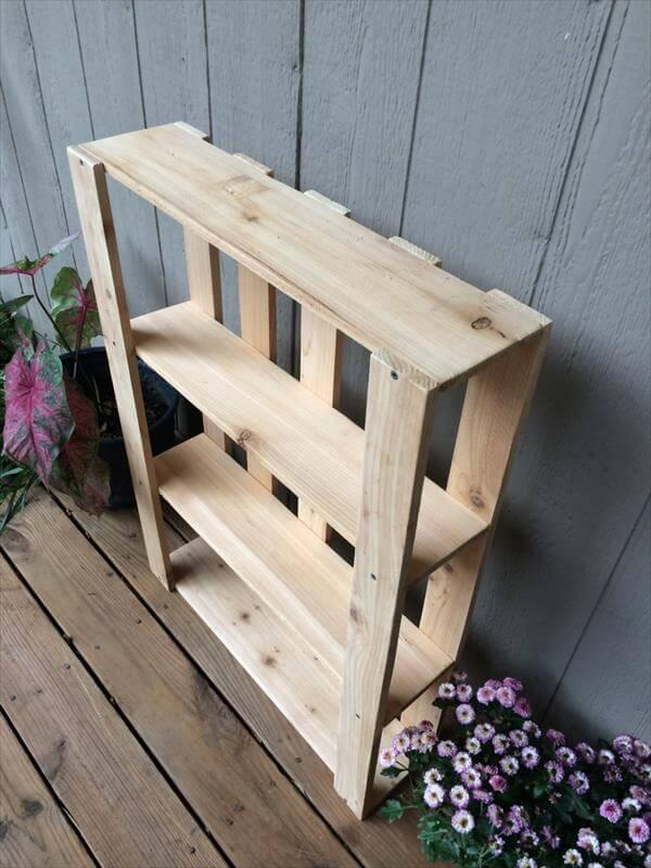 reclaimed pallet wall hanging shelves