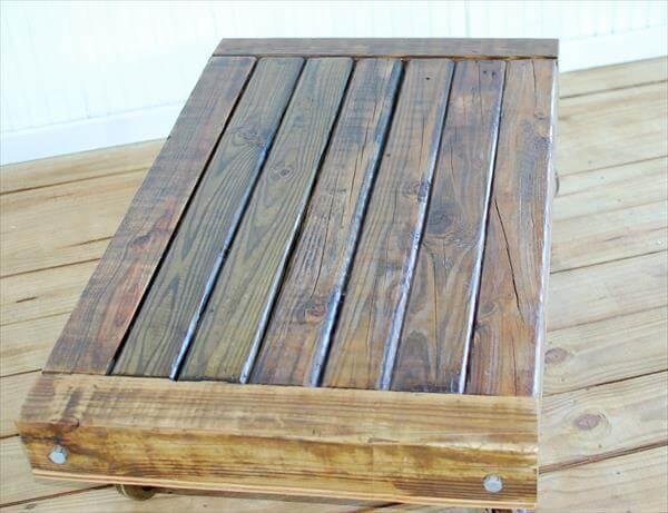 repurposed pallet low coffee table