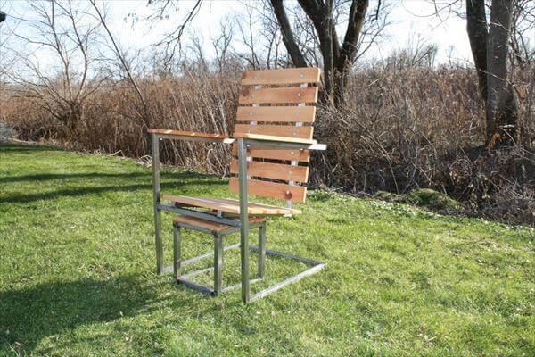 repurposed pallet and steel raised patio chair