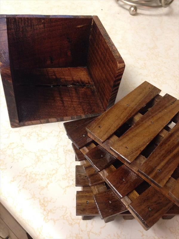 upcycled pallet set of 4 coasters