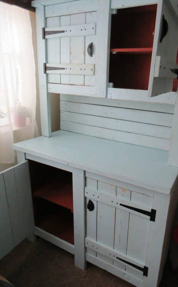 upcycled pallet vintage kitchen dresser table