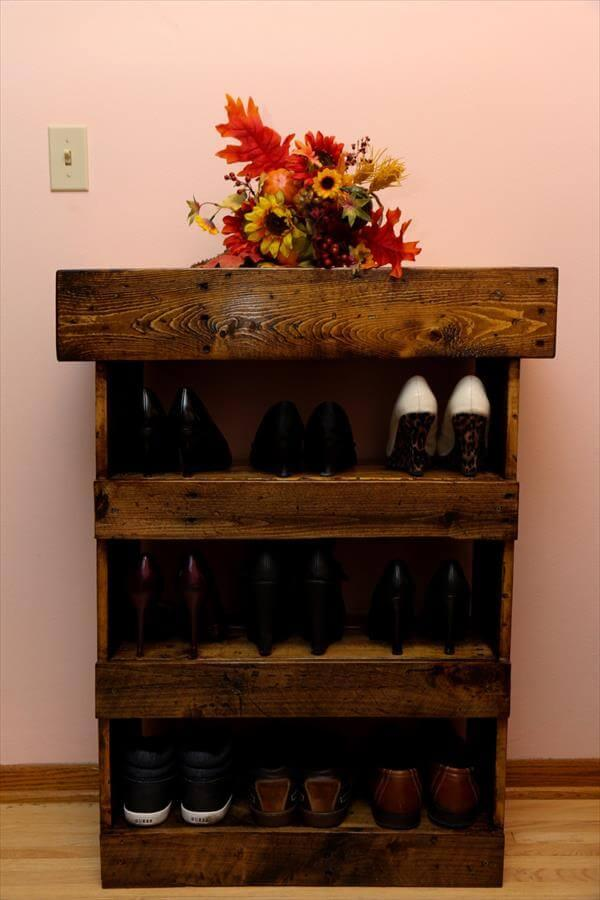 reclaimed pallet weathered shoes rack