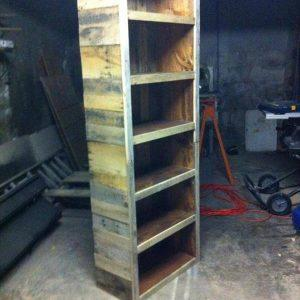 repurposed pallet oversize bookshelf