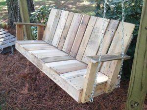 DIY Pallet Outdoor Two-seated Swing