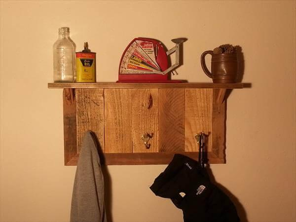 reclaimed rustic pallet coat rack and key organizer