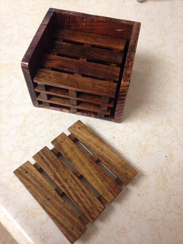 reclaimed pallet set of 4 coasters