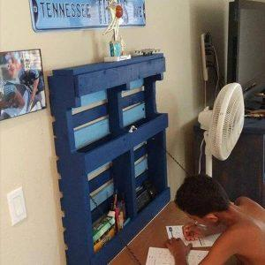 recycled pallet hanging fold out desk
