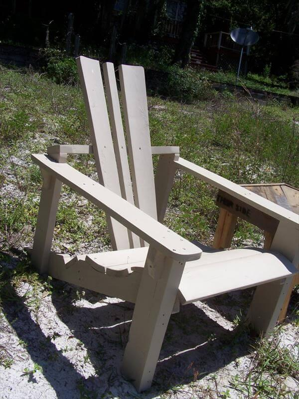 handmade pallet and spool adirondack chair