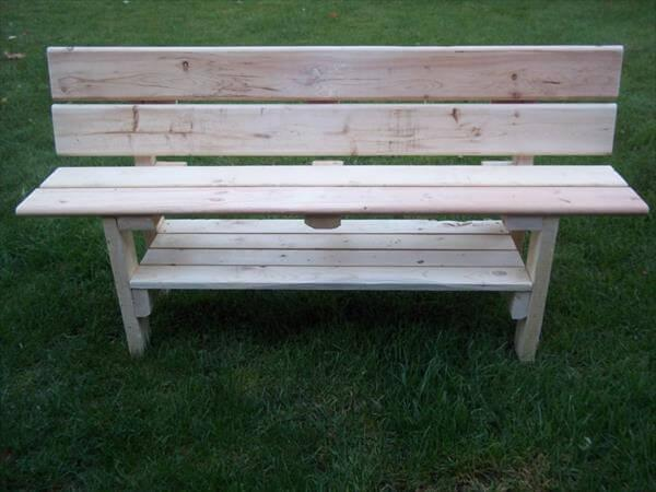 recycled pallet park bench