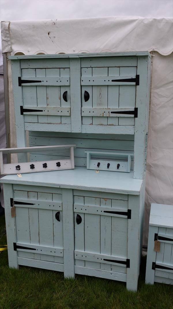 Diy Rustic Pallet Kitchen Dresser 101 Pallets