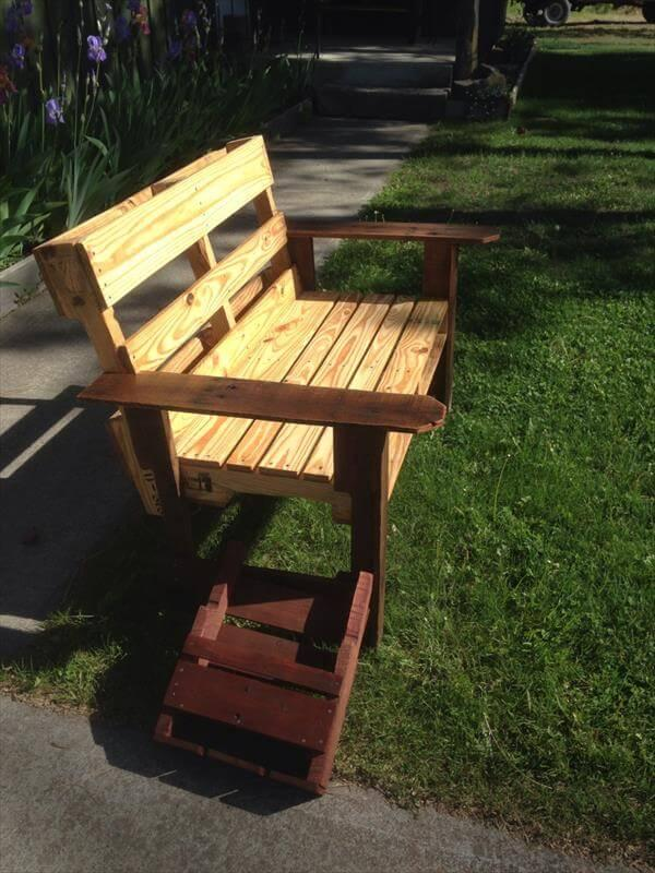 rutic pallet patio chair