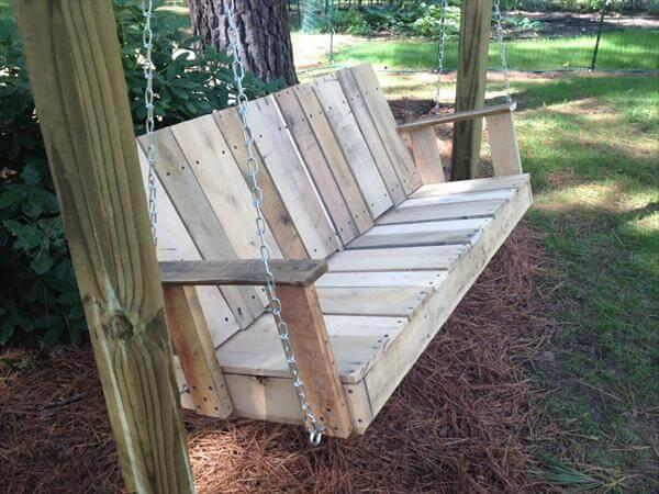 diy rustic yet sturdy pallet swing
