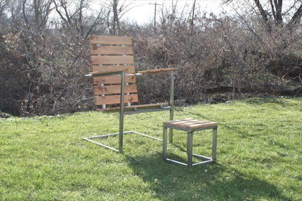 recycled pallet and steel patio chair