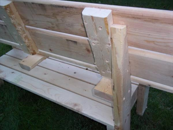 repurposed pallet park bench