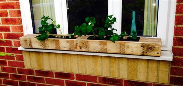 easy pallet window planter